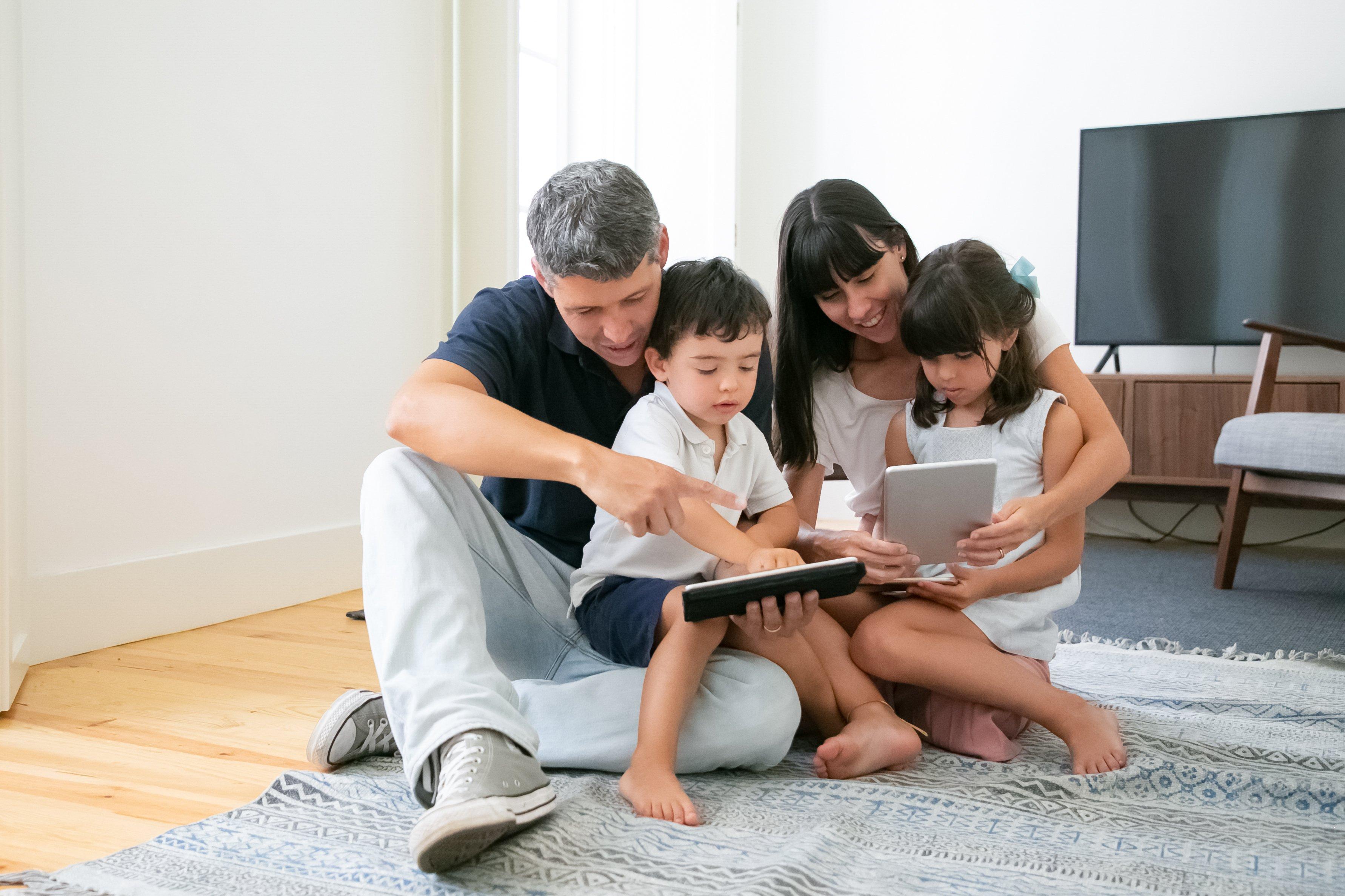 Como-tus-hijos-pueden-aprovechar-al-maximo-el-tiempo-en-cuarentena-y-las-clases-online